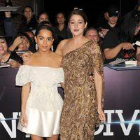 Shailene Woodley y Zoë Kravitz en el estreno de 'Divergente' en Los Angeles