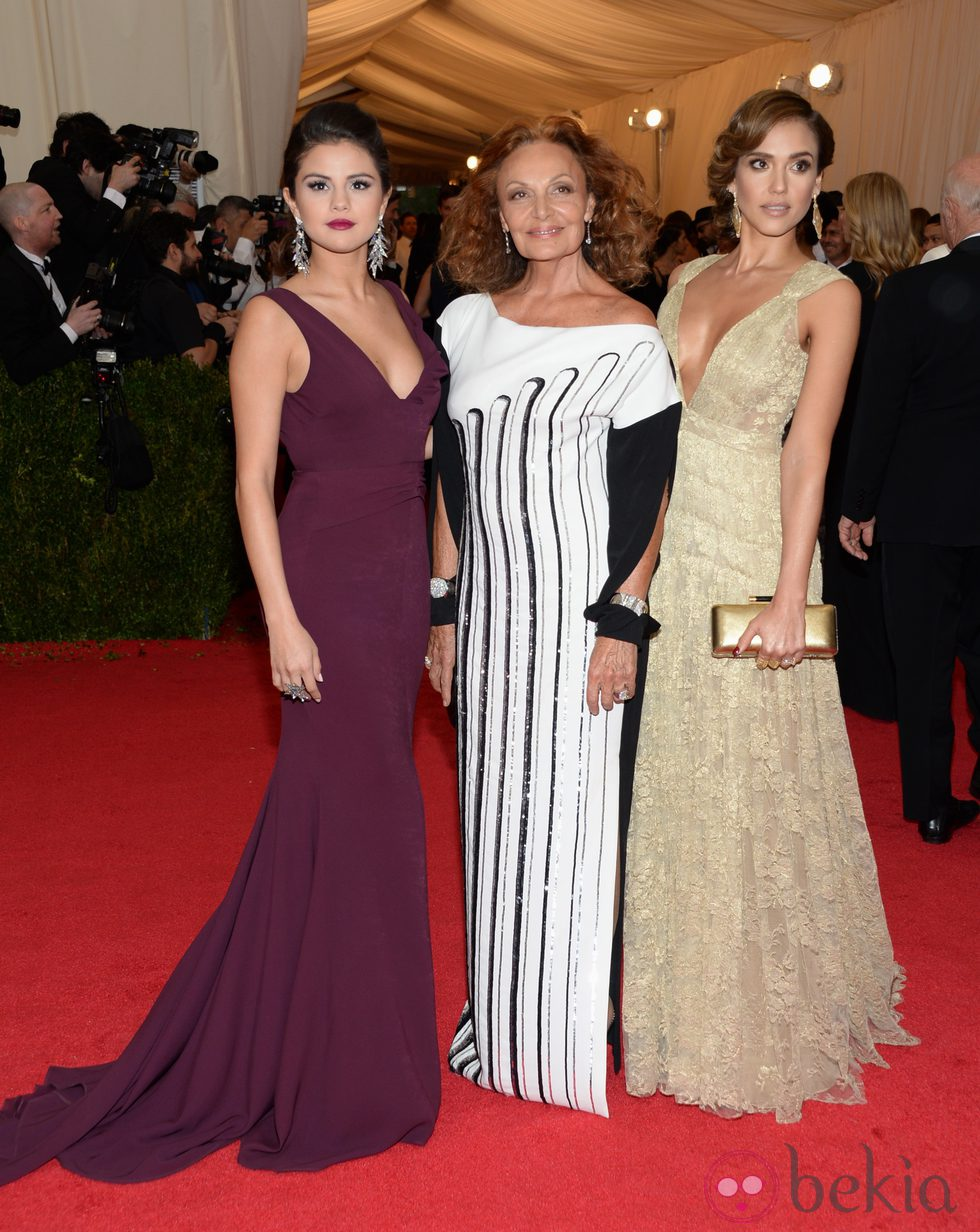 Selena Gomez, Diane von Fürstenberg y Jessica Alba en la Gala MET 2014