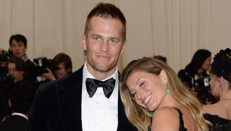 Tom Brady y Gisele Bündchen en la Gala MET 2014