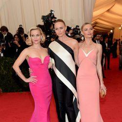 Reese Whiterspoon, Stella McCartney y Kate Bosworth en la Gala MET 2014