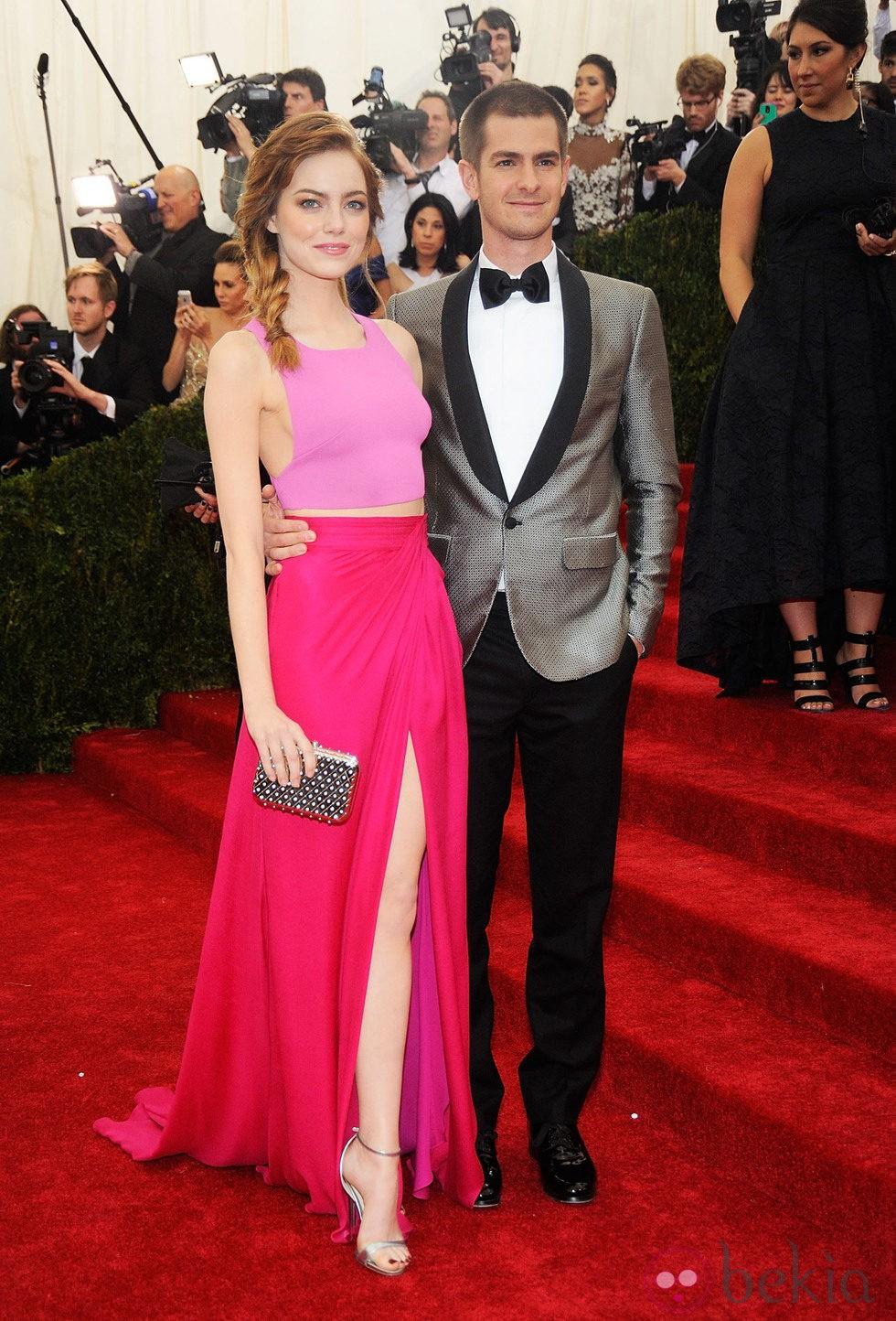 Emma Stone Andrew Garfield en la Gala MET 2014