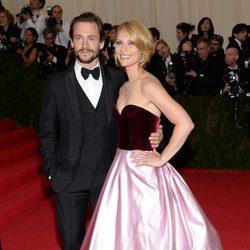 Claire Danes y Hugh Dancy en la Gala MET 2014