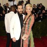 Jake Gyllenhaal y Maggie Gyllenhaal en la Gala MET 2014