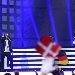 Freaky Fortune feat. RiskyKidd durante su actuación en el Festival de Eurovisión 2014