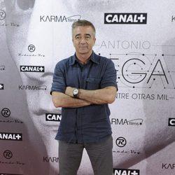 Carles Francino en el estreno del documental sobre Antonio Vega