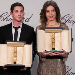 Adèle Exarchopoulos y Logan Lerman reciben el Premio Chopard de Cannes 2014
