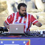 Carlos Jean poniendo música a la celebración de la Liga 2014 del Atlético de Madrid