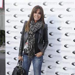 Lara Dibildos en un Torneo de Pádel contra el cáncer de mama