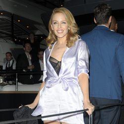 Kylie Minogue en una fiesta en el yate de Roberto Cavalli en Cannes 2014