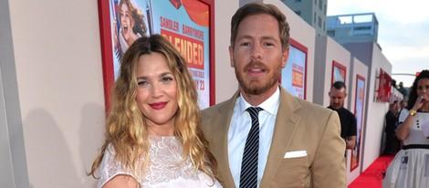 Drew Barrymore y Will Kopelman en el estreno de 'Juntos y revueltos' en Los Angeles