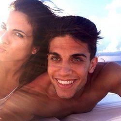 Melissa Jiménez y Marc Bartra de vacaciones en el mar
