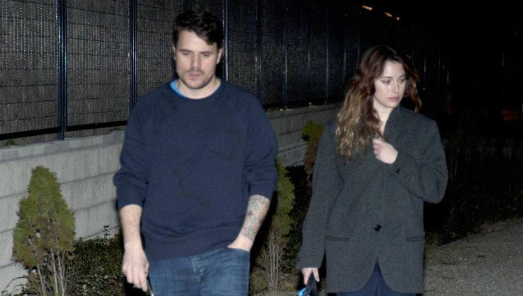 Dani Martín y Blanca Suárez dando un paseo nocturno