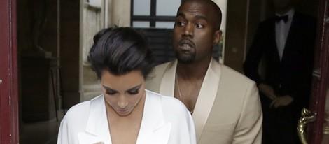 Kim Kardashian y Kanye West en su fiesta pre-boda en el Palacio de Versalles