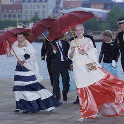 Sonia de Noruega y Margarita de Dinamarca celebran los 200 años de la Constitución Noruega en Copenhague