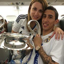Ángel Di María y Jorgelina Cardoso con la décima Champions del Real Madrid