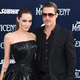 Angelina Jolie y Brad Pitt en el estreno de 'Maléfica' en Los Ángeles