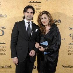 Javier Conde y Estrella Morente en la entrega del Premio Paquiro 2014