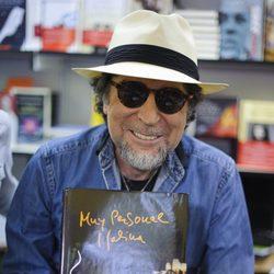 Joaquín Sabina en la Feria del Libro de Madrid 2014