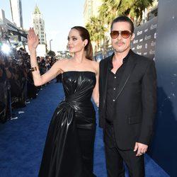 Angelina Jolie y Brad Pitt juntos en la première de 'Maléfica'