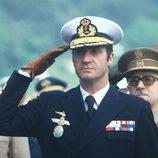 El Rey Juan Carlos I en saludo militar