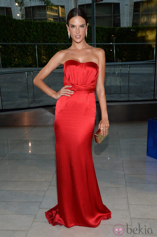 Alessandra Ambrosio en lo sCFDA Fashion Awards 2014