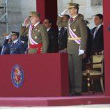 El Rey y el Príncipe Felipe en un acto militar tras la abdicación de Don Juan Carlos