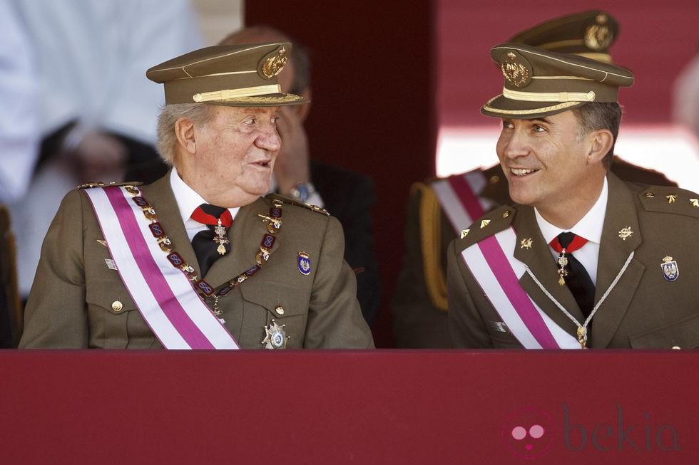 El Rey y el Príncipe juntos en un acto oficial tras la abdicación de Don Juan Carlos