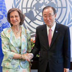 La Reina Sofía con Ban Ki-moon en la ONU