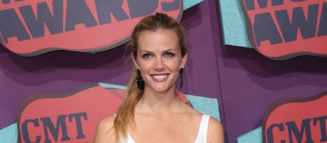 Brooklyn Decker en los CMT Music Awards 2014