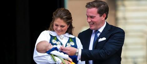 Magdalena de Suecia y Chris O'Neill abren las puertas del Palacio Real por primera vez con su hija Leonor