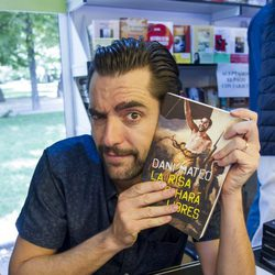 Dani Mateo en la Feria del Libro de Madrid 2014