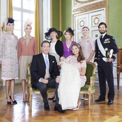 Magdalena de Suecia y Chris O'Neill con su hija y sus hermanos en el bautizo de la Princesa Leonor