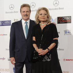 Manuel Campo Vidal y Mayra Gómez Kemp en la entrega de los Premios Iris 2014