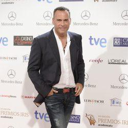 Carlos Lozano en la entrega de los Premios Iris 2014
