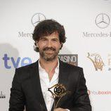 Rodolfo Sancho en la entrega de los Premios Iris 2014 con su galardón a Mejor Actor