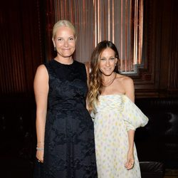 La Princesa Mette-Marit de Noruega y Sarah Jessica Parker en la Inspiration Gala 2014 de amfAR