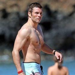James Marsden presume de cuerpo durante unas vacaciones en Hawaii