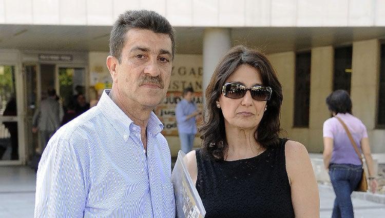 Los padres de Mario Biondo ante el juzgado en el que declaró Raquel Sánchez Silva