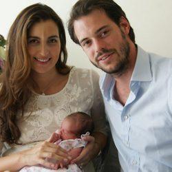 Félix de Luxemburgo y Claire Lademacher presentan a su hija la Princesa Amalia