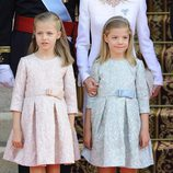 La Princesa Leonor y la Infanta Sofía durante la proclamación de Felipe VI