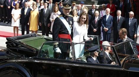 El Rey Felipe VI y la Reina Letizia recorren Madrid tras la proclamación de Felipe VI