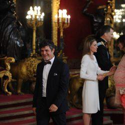 Alejandro Sanz en la primera recepción de los Reyes Felipe y Letizia