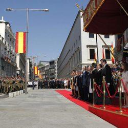 Desfile militar tras la proclamación de Felipe VI como Rey de España