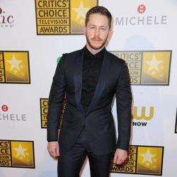 Josh Dallas en los Critics' Choice Television Awards 2014