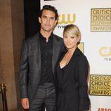 Kaley Cuoco y Ryan Sweeting en los Critics' Choice Television Awards 2014