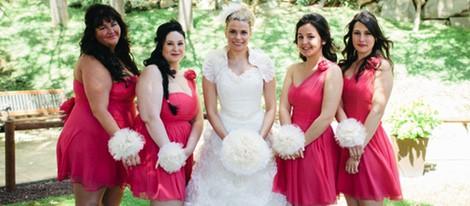 María Lapiedra con sus damas de honor en su boda con Marc Amigó