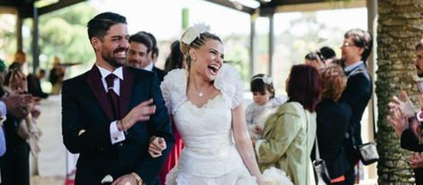 Marc Amigó y María Lapiedra, muy sonrientes tras su boda