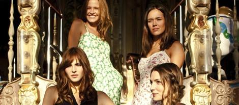 Andrea Duro, Paloma Bloyd, Lucía Delgado y Lucía Guerrero en 'Perdona si te llamo amor'
