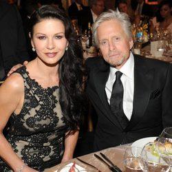 Michael Douglas y Catherine Zeta-Jones en la gala homenaje a Jane Fonda organizada por la AFI