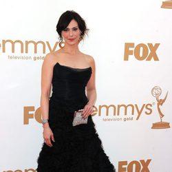 Michelle Forbes en los premios Emmy 2011